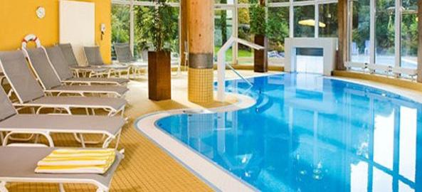 Hotele z basenem krytym
